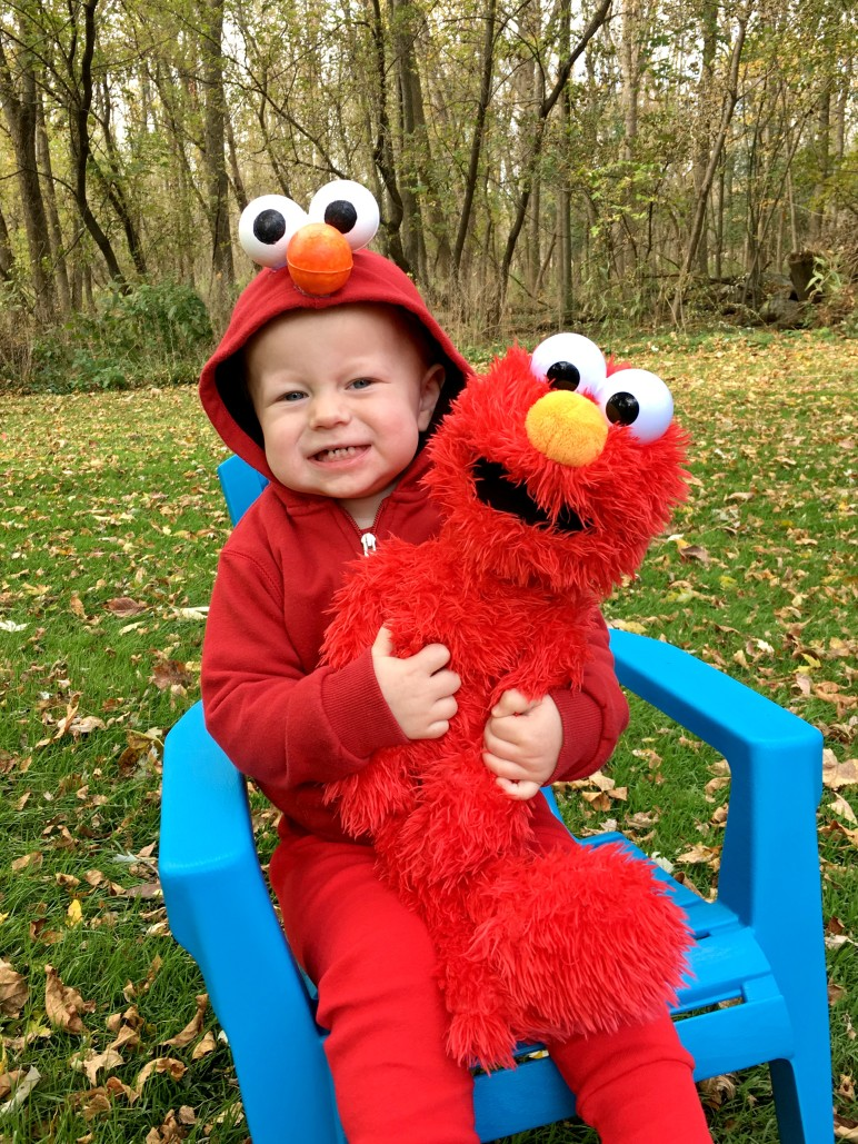 No Sew Super Easy Elmo Costume Week 3 1 Thing Cuddle Me Pajamas Look And Find I Finally Found Suitable Pants 5 Minutes To Set Up A Photoshoot With My Son His Doll